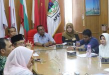 Kepala Balitbang Kota Medan, Farid Wajedi memimpin rapat penangulangan Genangan Air