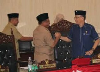Wakil Wali Kota Medan Akhyar Nasution Salam Komando dengan Ketua DPRD Kota Medan