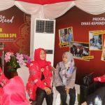 Sekretaris Dinas Kependudukan dan Catatan Sipil Kota Medan, Sri Maharani Damanik