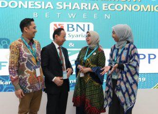 Direktur Bisnis SME dan Komersial BNI Syariah, Dhias Widhiyati