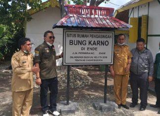 Jaziul Fawaid bersama pejabat NTT Singgahi Situs Bersejarah Bung Karno