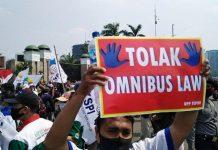 Demo Buruh Tolak RUU Cipta Kerja