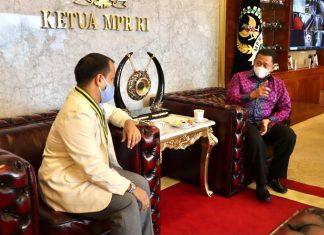 Bambang Soesatyo bersama Pengurus PII