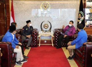 Bambang Soesatyo bersama Pengurus PMII