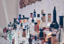 Ilustrasi Minuman Keras (Miras)