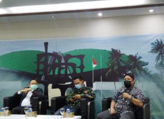 Fahri Hamzah bersama Syaifullah Tamliha dalam diskusi Dialetika Demokrasi
