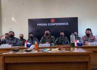 Panglima TNI Marsekal Hadi Tjahjanto bersama KSAL dan Kapolri