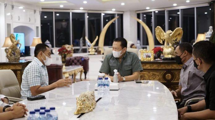 Bambang Soesatyo bersama Danjen Kopasus Mayjen (TNI) Mohamad Hasan