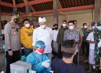 Bambang Soesatyo Tinjau Vaksinasi di Bali