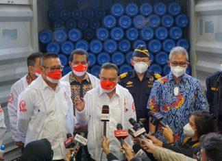 Sufmi Dasco Ahmad bersama beberapa Anggota DPR Sidak Alkes di Bea Cukai, Tanjung Priok