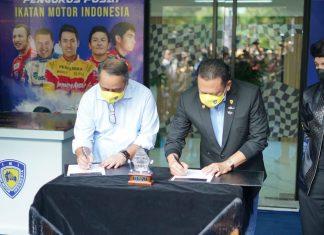 Bambang Soesatyo bersama Dirut BNI Royke Tumilaar Menandatangani MoU