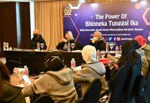Kabiro Humas MPR Siti Fauziah Berdialog dengan Netizen Bandung