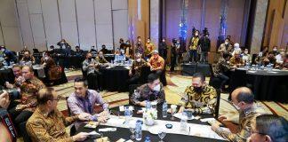 Bambang Soesatyo bersama Pengurus KADIN